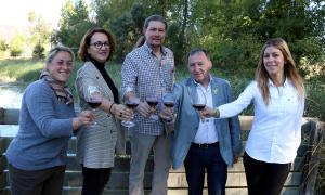 La presentació del festival Cordevi, en la qual no va faltar una copa de vi.