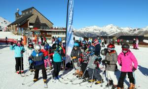 Alumnes de la ZER de l'Alta Ribagorça s'estrenen en l'Esport Blanc Escolar.