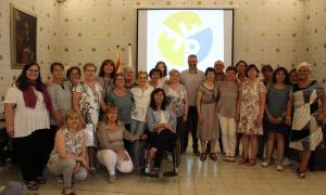 Els participants en l'homenatge a l'Ajuntament de la Seu d'Urgell.