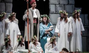 Andorra, Sant Julià, Pastorets, teatre, Claror, Irina, Robles, Folch i Torres, Casero