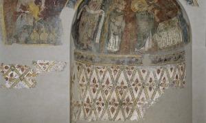 Fornícula i decoració del mur de Sant Esteve que es conserven al MNAC. Al museu barceloní hi ha altres cinc fragments del conjunt.