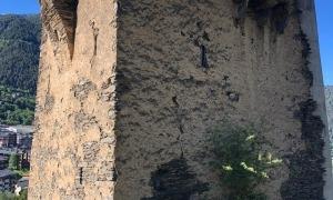 La torre dels Moros, des del costat nord, el juny passat.