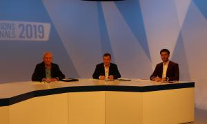 Els candidats lauredians minuts abans de començar el debat televisiu d'ahir a la nit.