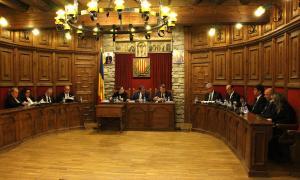 Un moment de la sessió del consell de Comú de Sant Julià de Lòria d'ahir.