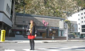 Andorra, Jonaina Salvador, òpera,  Claror, La gata metamorfosada en dona, Traviata, Così fan tutte, Andorra Lírica,