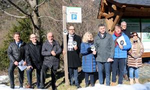 El conseller Buch amb responsables polítics del Pirineu.