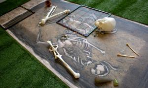 Reproducció del jaciment solsonès del Camp de la Bruna, a Lladurs, que s'exposarà al Museu Diocesà de Solsona a partir de demà.
