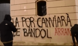 Imatge del vídeo d'Arran, on reclamen la despenalització de l'avortament a Andorra