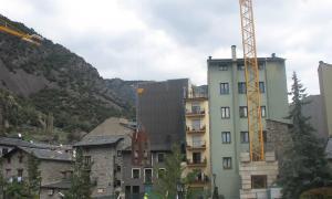 Andorra, Constitució, escultura, Armengol, trasllat, Bonell, plaça del Consell, Roqué