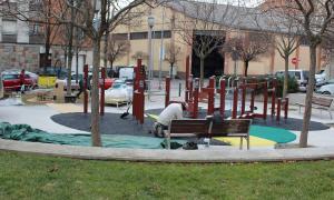 Nou espai lúdic i de salut per a la gent gran a la plaça de Lleteries de la Seu