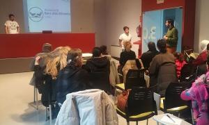 La sessió informativa sobre nutrició saludable es va fer ahir.