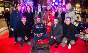 Cyril Despres es converteix en la primera estrella del carrer Na Maria Pla
