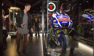Jorge Lorenzo inaugura el seu museu, que ret culte als campions del motor