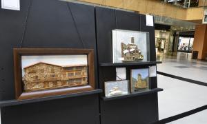 Les maquetes de Francesc Barberà es poden veure a la planta baixa d'Illa Carlemany fins a aquest dijous, 12 de juliol.