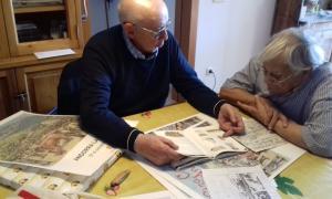 Casi Arajol i Sergi Mas donen els últims retocs al cartell de la 40a edició de la fira-concurs, que com sempre tindrà lloc el 27 d'octubre.