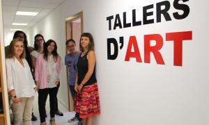 La ministra de Cultura, Olga Gelabert, el juliol del 2016 en la inauguració dels Tallers d'art, a la Massana, que només es van utilitzar aquell estiu.