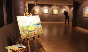 L'exposició s'ha inaugurat avui al CAEE i es pot visitar fins al 17 de març.