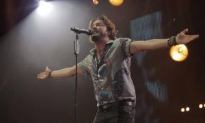 Andorra, poliesporti, concert, Manuel Carrasco, Bisbal, Serrat, Bailar el viento