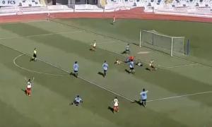 Camochu aprofita el rebuig del porter sanmarinès després d'una bona jugada individual de Pedro Santos.