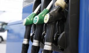 El preu de la gasolina sense plom va pujar un 5,1% i el gasoil un 1,6% el mes passat.