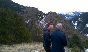 Cerni Pol i Francesc Camp a la vall del Riu, on hi haurà un dels ponts tibetans.