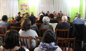 Un moment de la reunió de barri que va tenir lloc ahir.
