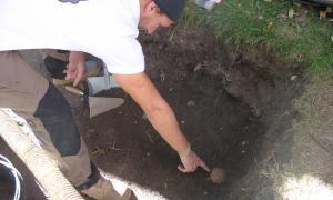 Andorra, Santa Coloma, mapping, cementiri, rasa, excavació, arqueologia, Armentano, Thais