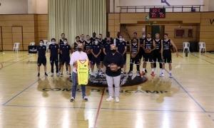 Fernández i Aixàs amb tot l'equip al Pas de la Casa.