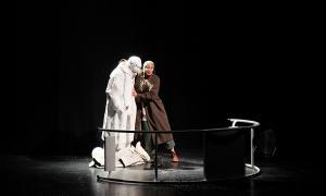 El Teatre Comunal ha acollit aquest vespre la primera funció del FIPA 2018.