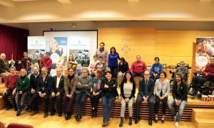 Foto de família per concloure les sessions de l'activitat Un Matí d'Orquestra.