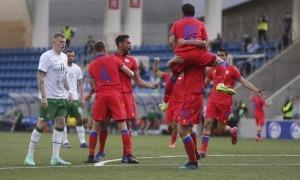 De l'eufòria del gol inicial de Marc Vales i la desesperació irlandesa es va passar a la remuntada dels d'Stephen Kenny. Foto: Facundo Santana