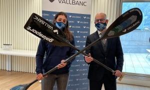 Monica Doria i Sergi Martín, de Vall Banc, ahir a la signatura de l'acord de patrocini. Foto: Agències