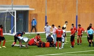 Carlos Gomes, del Penya Andorra, es va lesionar contra la UE Engordany. Foto: Twitter FAF