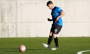 Pau Bosch es va estrenar diumenge passat amb la samarreta de l'Inter Club Escaldes contra l'FC Santa Coloma. Foto: Interescaldes.com