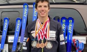 Roger Puig, amb les cinc medalles. Foto: FAE