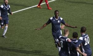 L'FC Santa Coloma celebra un dels tres gols que va marcar al Penya Encarnada. Foto: Facundo Santana
