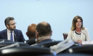Jover i Vilarrubla, en la compareixença posterior al consell de ministres, ahir.