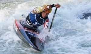 Tereza Fiserova, va sorprendre Jessica Fox a la final de canoa de Pau. Foto: Planet Canoe