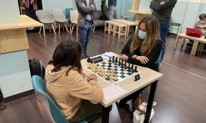 Alexandra Muratet, a la dreta. Foto: Federació Andorrana d'Escacs