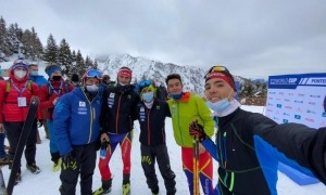 L'equip nacional a Mont Adamello. Foto: FAM