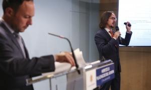 El secretari d'Estat d'Afers Europeus, Landry Riba, en un moment de la presentació.