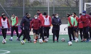 El vigent campió de lliga i Copa, l'Inter Club Escaldes, entrenant-se al centre d'entrenaments de la FAF amb totes les cares noves. Foto: Interescaldes.com