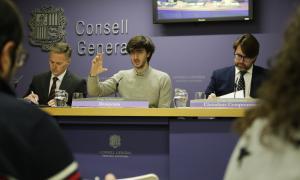 Els tres consellers dels grups de la majoria durant la roda de premsa d'ahir al Consell General.