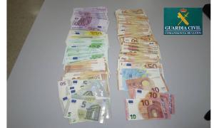 Els euros comissats en la intervenció que va fer la Guàrdia Civil a la Farga de Moles.