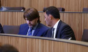 Els consellers del grup parlamentari de Ciutadans Compromesos Carles Naudi d'Areny-Plandolit i Raul Ferré al Consell General.