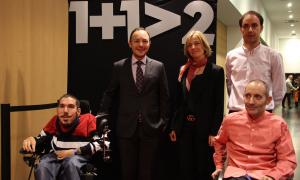 Els participants en la prova pilot amb el llavors ministre d'Afers Social, Xavier Espot, i la secretaria d'Estat, Ester Fenoll.