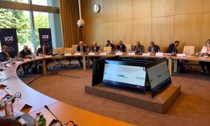 El traspàs de la presidència 'pro-témpore' del CEIB va tenir lloc ahir a Ginebra durant la reunió d'organitzacions empresarials.
