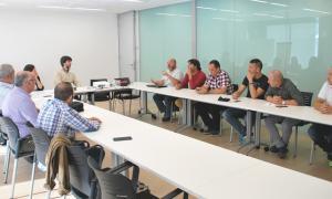 La d'ahir va ser la primera d'un seguit de reunions entre el grup de DA i els representants dels sindicats de funcionaris.