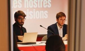 De Melo i Padreny, durant la roda de premsa de presentació del document amb el centenar de mesures.
