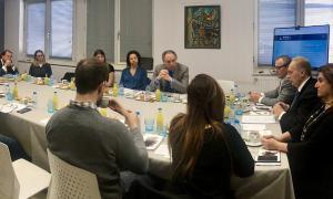 Un moment de la trobada dels candidats de Terceravia amb els representants de l'Empresa Familiar Andorrana.